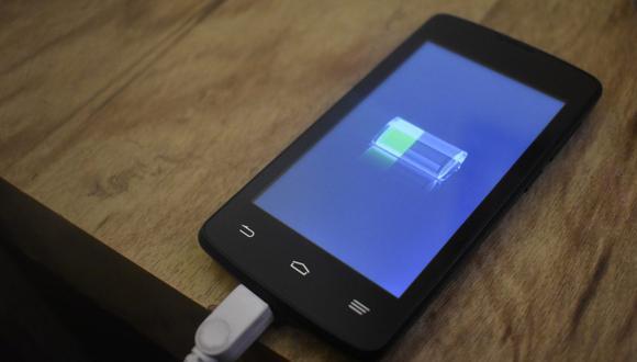 Android: cómo configurar el móvil para que alerte por voz cuando se cargó completamente